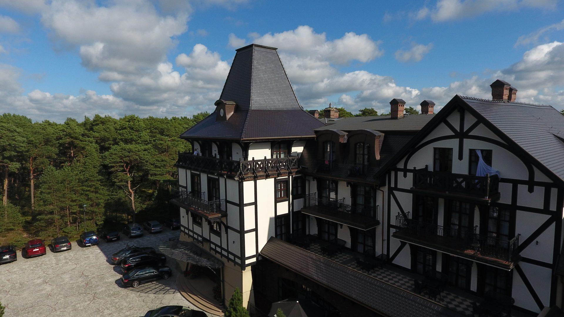 Zdjęcie lotnicze z drona na hotel Royal Baltic